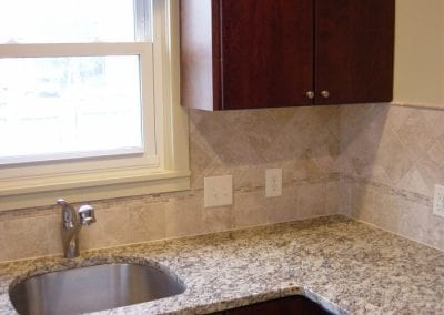 Single Bowl Undermounted Stainless Sink with Granite Countertops